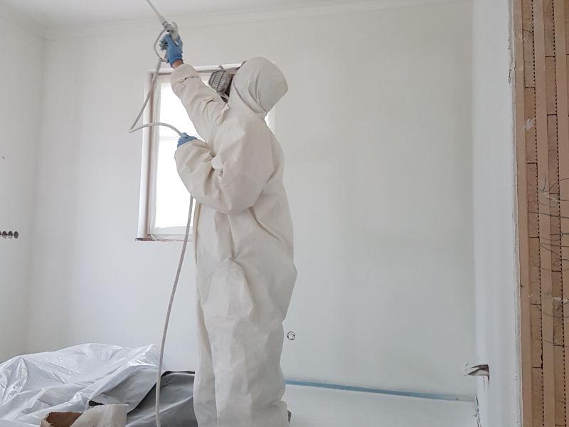 Sprühgerät Maler München Taufkirchen - Roberto Biancu - Malereibetrieb München